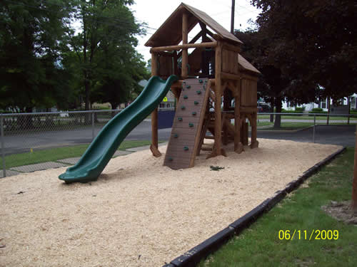 Cathedral State Park Ponderosa Playground by Bears Playgrounds