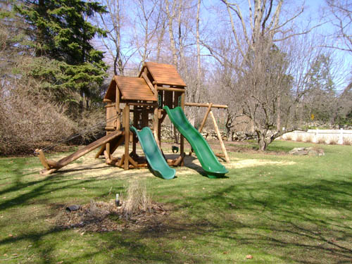 Elisha's Ponderosa Playground by Bears Playgrounds